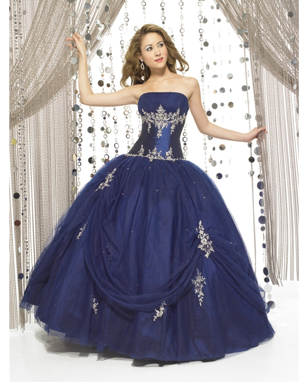 Navy Blue Floor Length Ball Gown Strapless Quinceanera Dresses With Ivory Embroidery