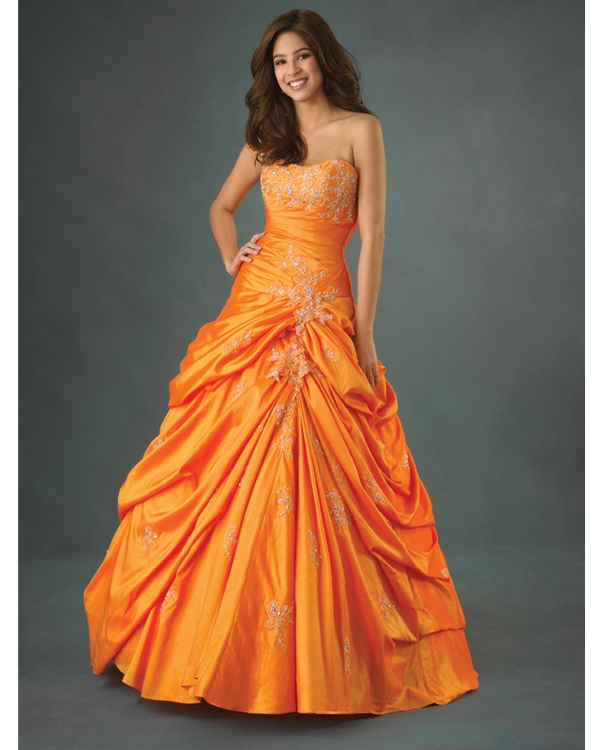 Strapless Floor Length Ball Gown Orange Quinceanera Dresses With Exquisite Appliques