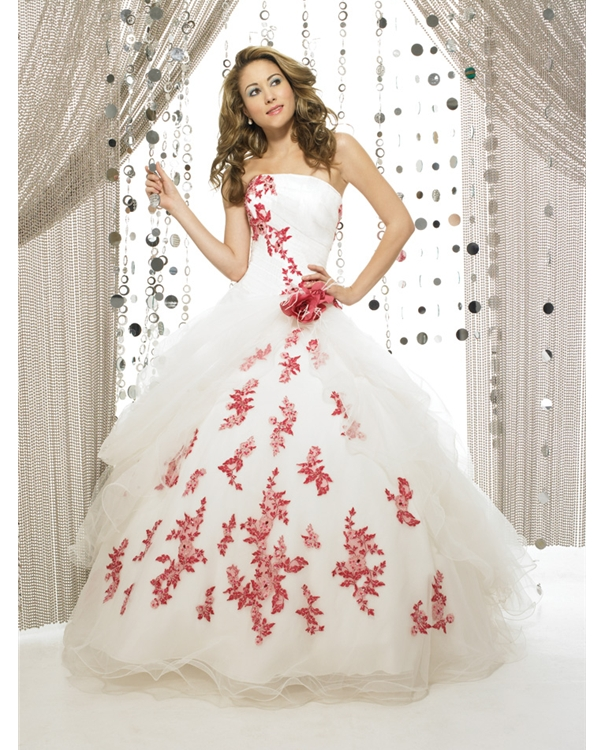 a78969dc1cf3 Airy Ball Gown Strapless Floor Length White Tulle Quinceanera Dresses With  Red Appliques