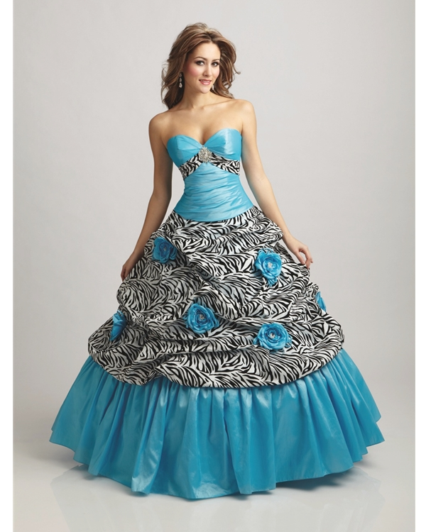 Blue Strapless Sweetheart Floor Length Ball Gown Quinceanera Dresses With Black And White Printing Fabric