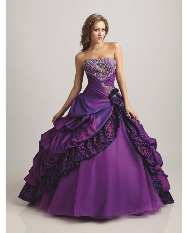 Strapless Sweatheart Floor Length Ball Gown Purple Quinceanera Dresses With Gorgeous Embroidery