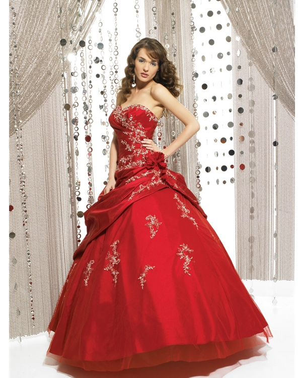 Strapless Sweatheart Ball Gown Full Length Red Quinceanera Dresses With Ivory Appliques