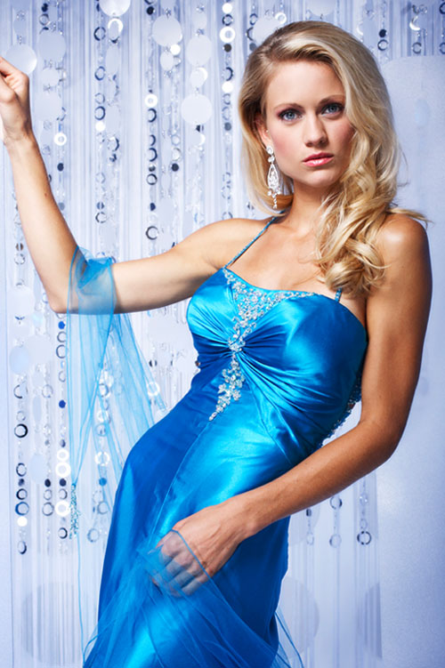 Blue Spagetti Straps Open Back Sweep Train Floor Length Prom Dresses With Appliques