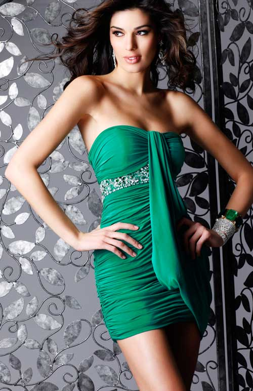 Green Strapless Mini Length Ruffled Chifffon Cocktail Dresses With Beadings