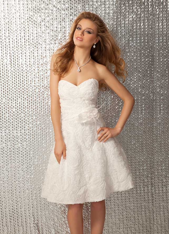 Inexpensive White Chiffon Prom Dresses 2012