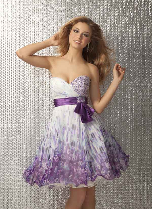 White Strapless Sweetheart Empire Mini Length A Line Prom Dresses With Purple Sash And Printing