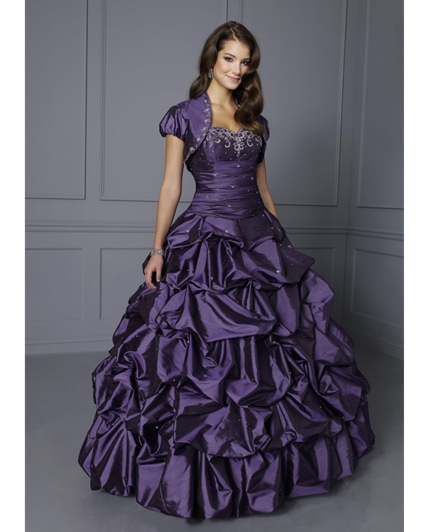Gorgeous Sweetheart Floor Length Purple Ball Gown Taffeta Quinceanera Dresses With Beadings