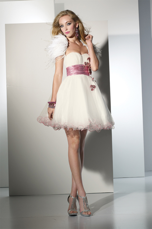 Ivory Sweetheart Empire Low Back Knee Length Ball Gown Sexy Dresses With Fuchsia Sash