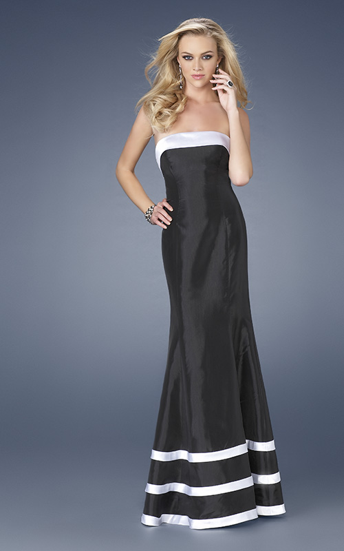 Black Sheath Strapless Floor Length Evening Dresses With White Straps
