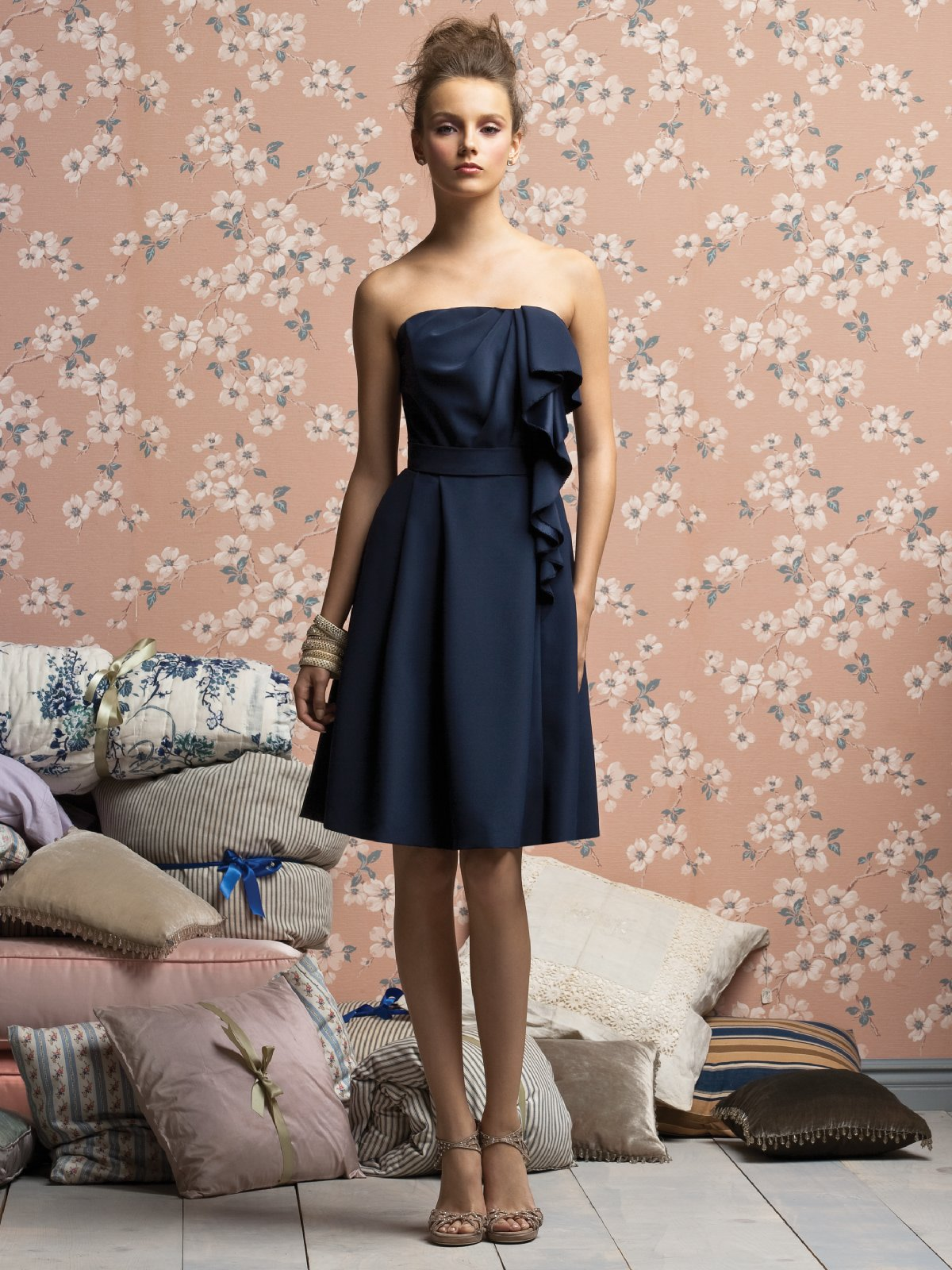 Dark Navy A Line Strapless Zipper Knee Length Prom Dresses With Ruffles