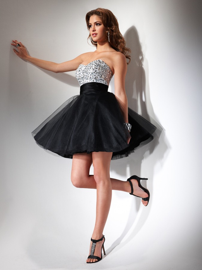 Black And Silver A Line Strapless Sweetheart Empire Low Back Short Mini Homecoming Dresses With Beading
