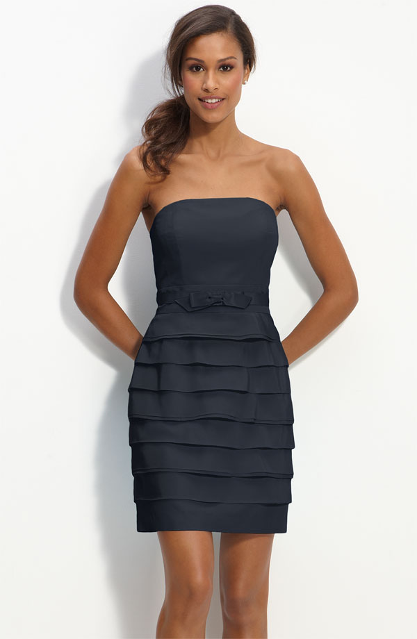 Dark Navy Column Strapless Zipper Tiered Short Mini Prom Dresses With Ruffles And Bowknot