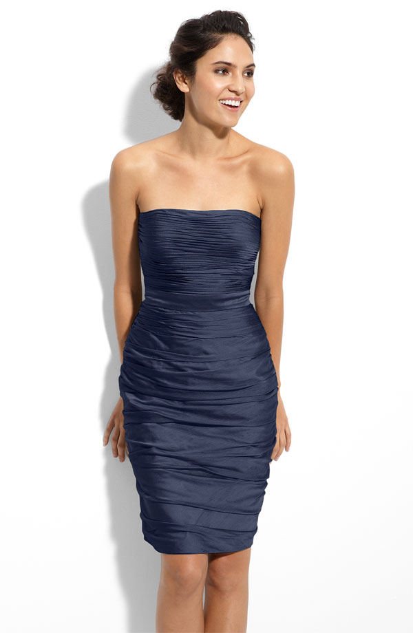 Navy Blue Column Strapless Knee Length Zipper Pleated Satin Bridesmaid Dresses