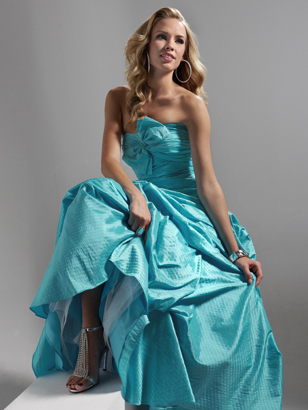 Blue A Line Full Length Lace Up Strapless Prom Dresses With Ruffles And Bownot