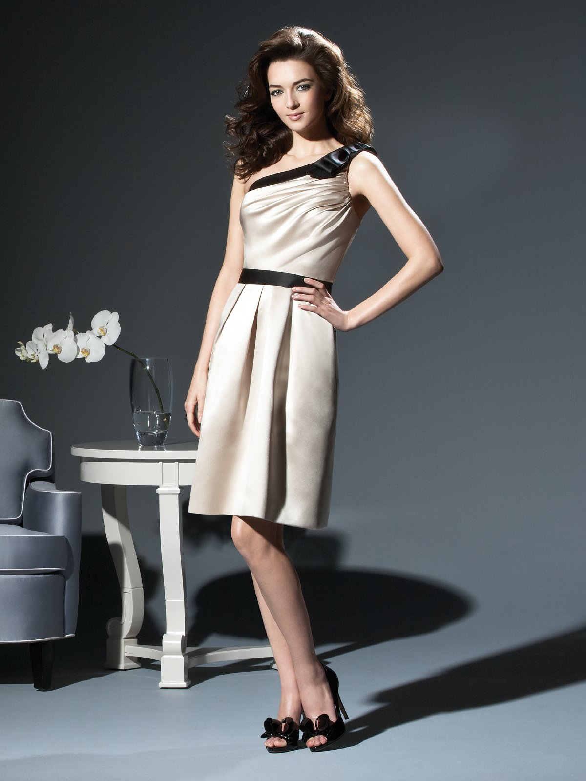 Champagne A Line One Shoulder Zipper Draped Knee Length Satin Prom Dresses