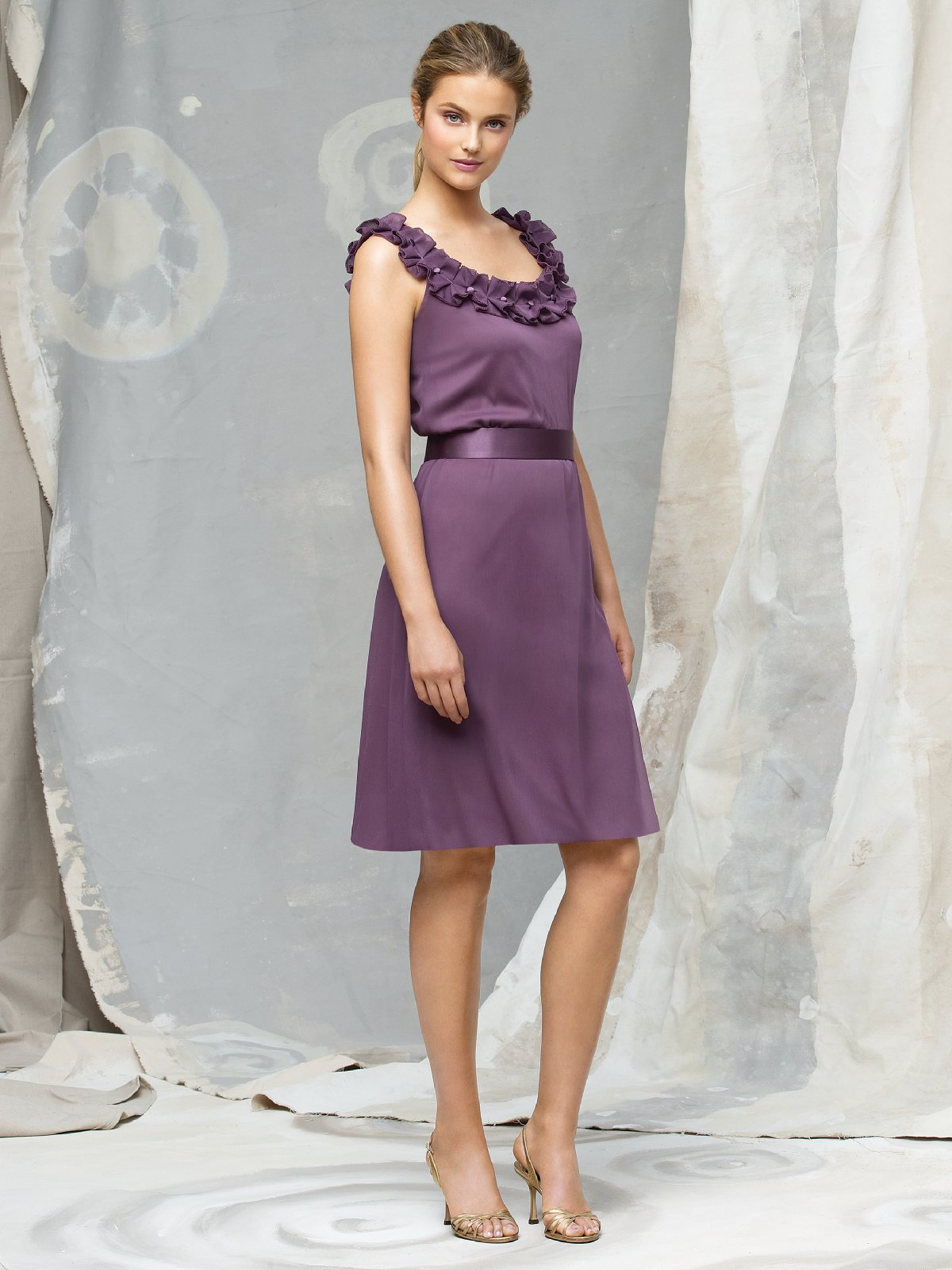 Grape A Line Scoop And Strap Zipper Knee Length Chiffon Prom Dresses With Rosette And Belt