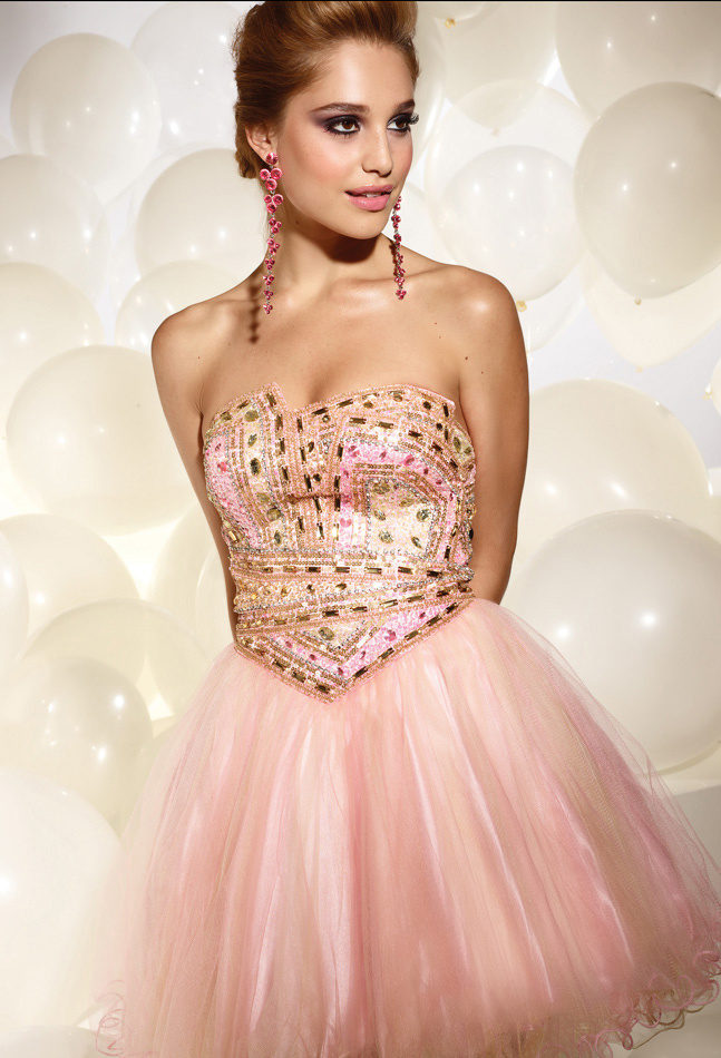 Pearl Pink A Line Strapless Zipper Short Mini Tulle Cocktail Dresses With Sequins And Ruffles