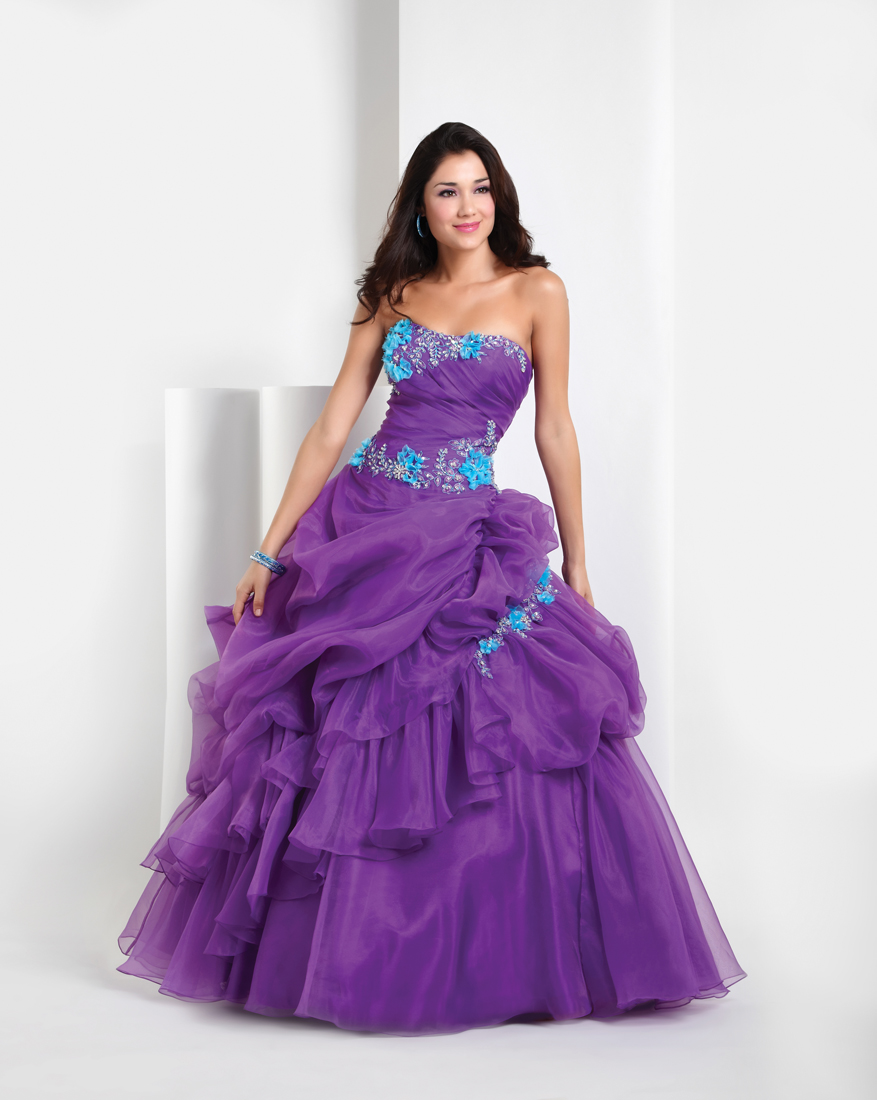 Purple Ball Gown Strapless Full Length Quinceanera Dresses With Beading And Appliques And Ruffles