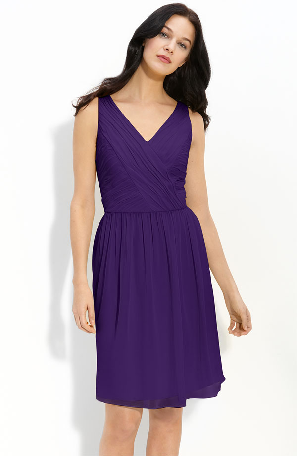 Purple Column V Neck And Sleeveless Zipper Pleated Knee Length Chiffon Prom Dresses