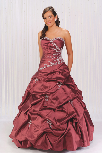 Burgundy Ball Gown Strapless Sweetheart Neckline Full Length Quinceanera Dresses