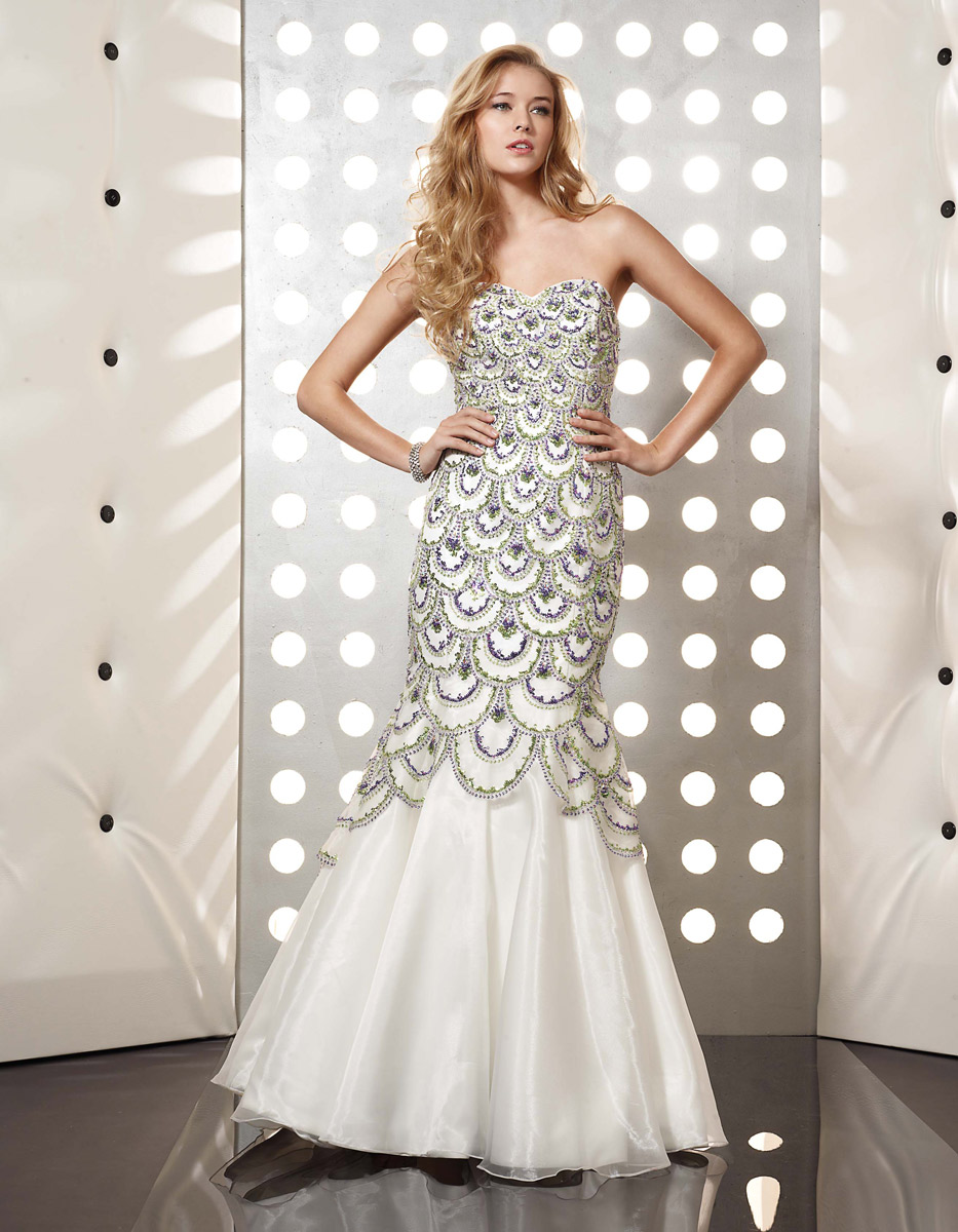 White Mermaid Sweetheart Full Length Zipper Prom Dresses With Green And Purple Embroidery