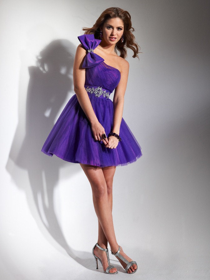 Violet One Shoulder Low Back A Line Short Mini Homecoming Dresses With Bowknot And Beading