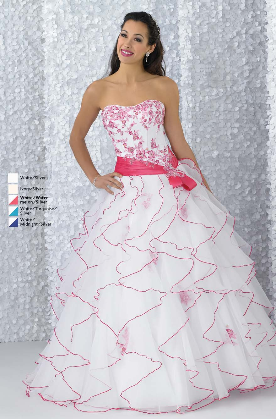 White And Red Ball Gown Strapless Lace Up Full Length Quinceanera Dresses With Appliques And Ruffles