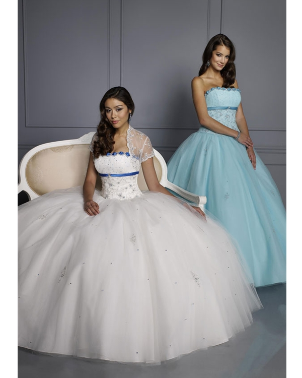 White Ball Gown Strapless Full Length Tulle Quinceanera Dresses With Appliques And Blue Stripe