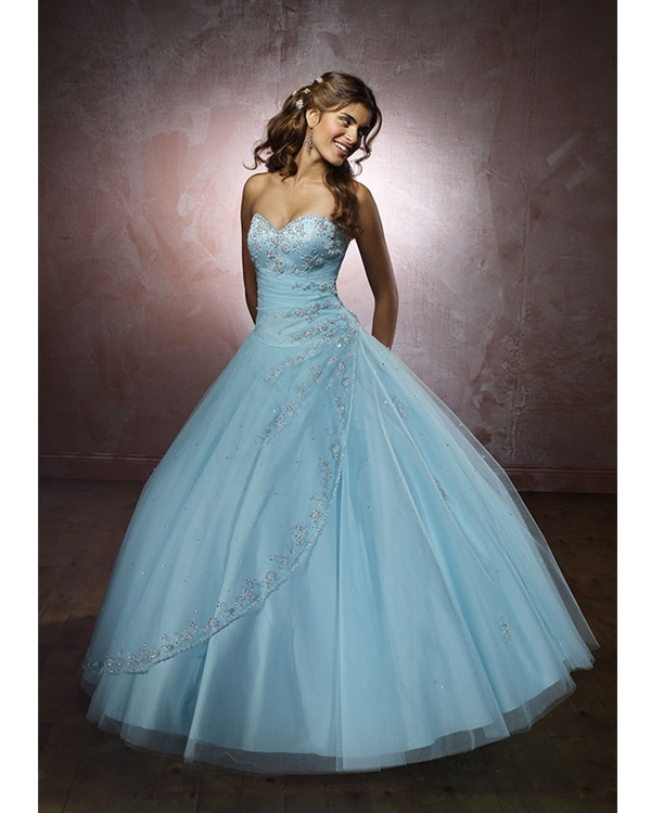 5a863d811e0 Light Sky Blue Strapless Sweetheart Full Length Ball Gown Tulle Quinceanera  Dresses With Beadings