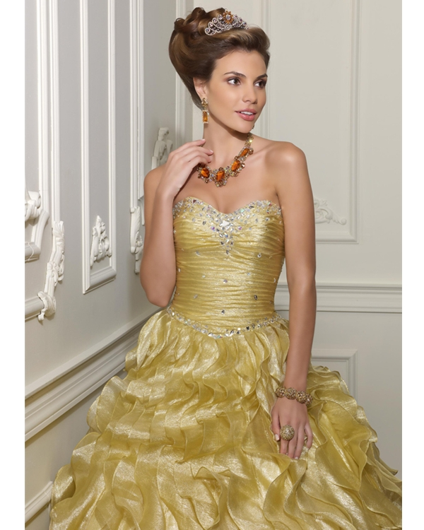 0354dcfab84d Sweetheart and Strapless Lace up Floor Length Gold Ball Gown Quinceanera  Dresses With Beading and Ruffles