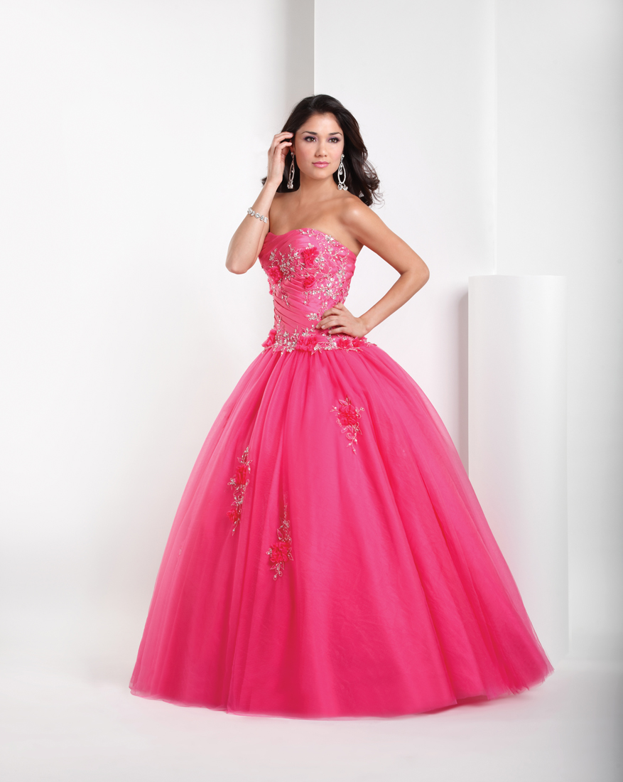 8b174f7b2f2 Pink Ball Gown Sweetheart Full Length Quinceanera Dresses With Beading and  Appliques