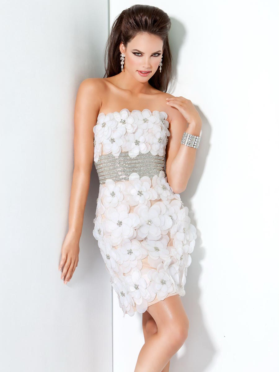 White Strapless Mini Length Zipper Sequined Sheath Cocktail Dresses With Hand Made Flower