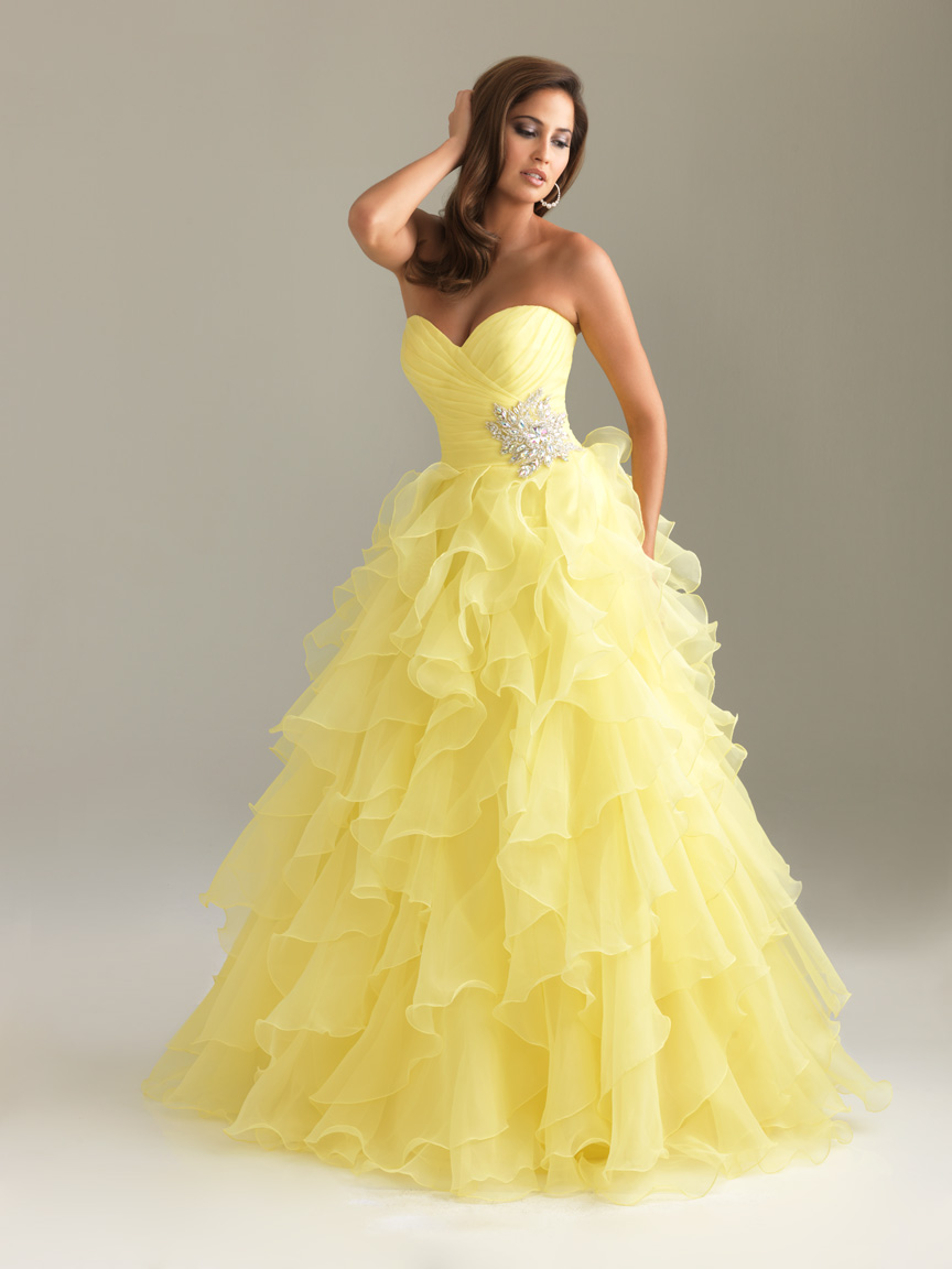 Yellow A Line Strapless Sweetheart Floor Length Tiered Graduation Dresses With Beading And Ruffles